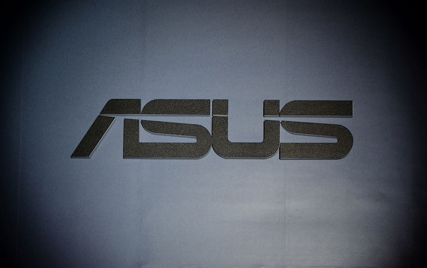 Asus is building its own AR headset; may launch it in 2016