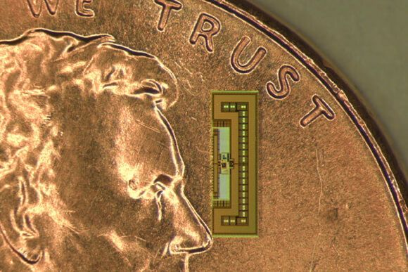 battery-free-chip-size-of-ant1