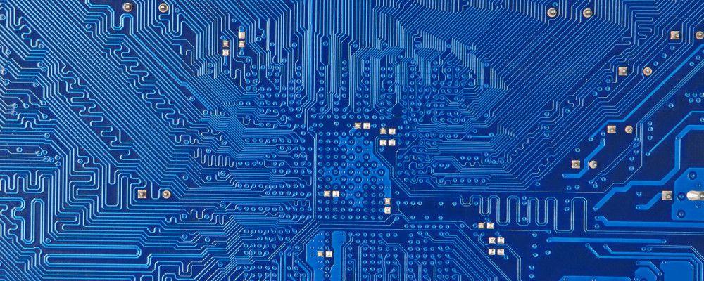 http://cdn.singularityhub.com/wp-content/uploads/2015/01/microchip-kurzweil-predictions-3-1000x400.jpg